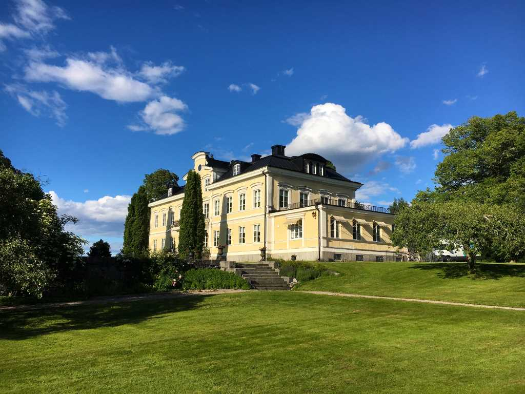 Färna Manor & SPA in summer